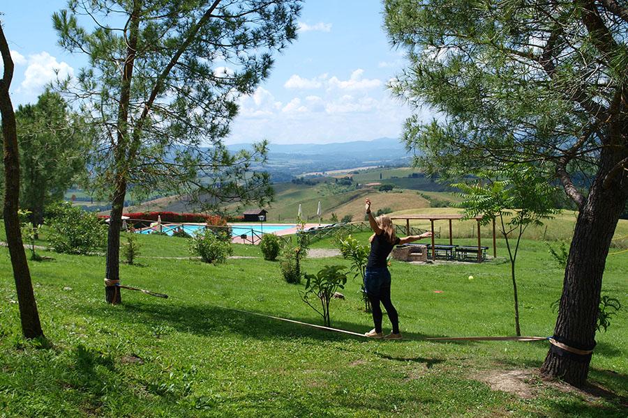 Urlaub mit Ausblick auf die toskanische Landschaft das Gelände von San Giuseppe.