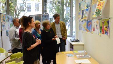 Rund 160 Illustrationen hat die Jury zu bewerten.