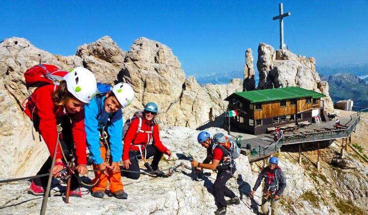 Klettergurt Kind 10 Jahre : Klettersteige u2013 bergabenteuer für familien urlaub.familie.leben
