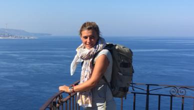 Friederike Sommers arbeitet für vamos Eltern-Kind-Reisen als Kinderbetreuerin