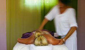 vamos Wellness-Glossar: Ayurvedische Massage