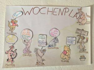 Die vamos Kinderbetreuung bietet ein fantasievolles Programm für Kinder von 3 bis 13 Jahren. Hier ein kreativ gestalteter Wochenplan aus der Fattoria Pieve a Salti.