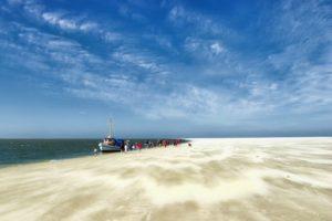 Ein Ausflug per Boot zur Sandbank bei Pellworm.